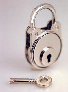 Accessori metallici per pelletteria